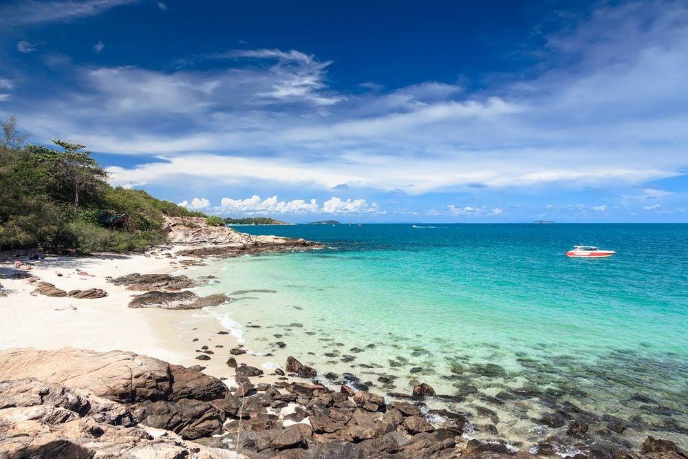 Playa paradisíaca en la isla de Koh Samset, Tailandia