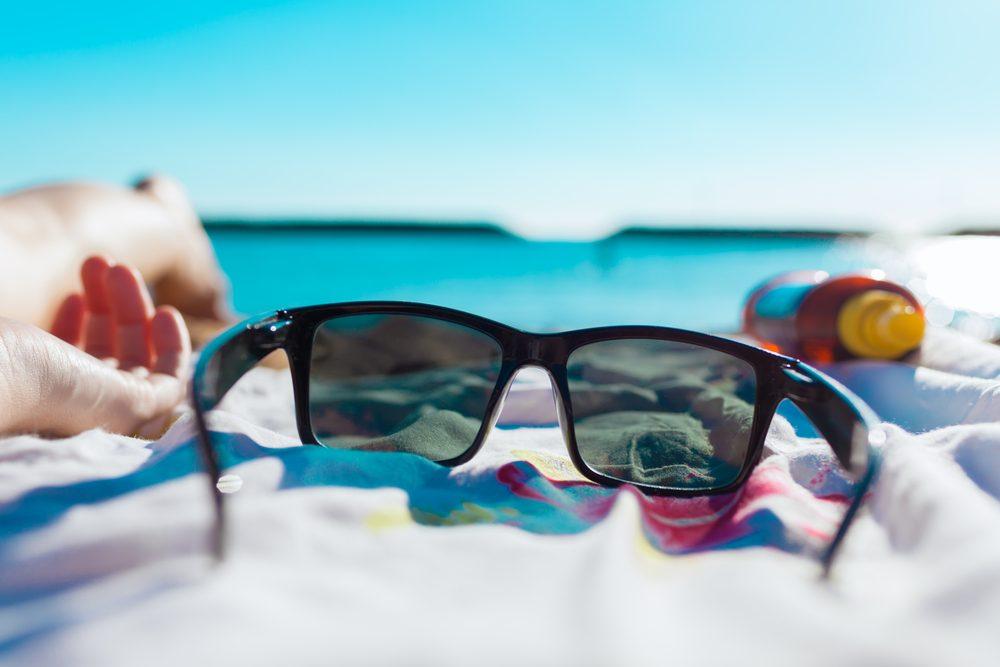 gafas de sol, imprescindibles en el aeropuerto