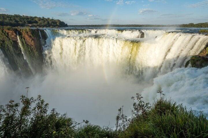 Caída principal de la Garganta del Diablo en Iguazú