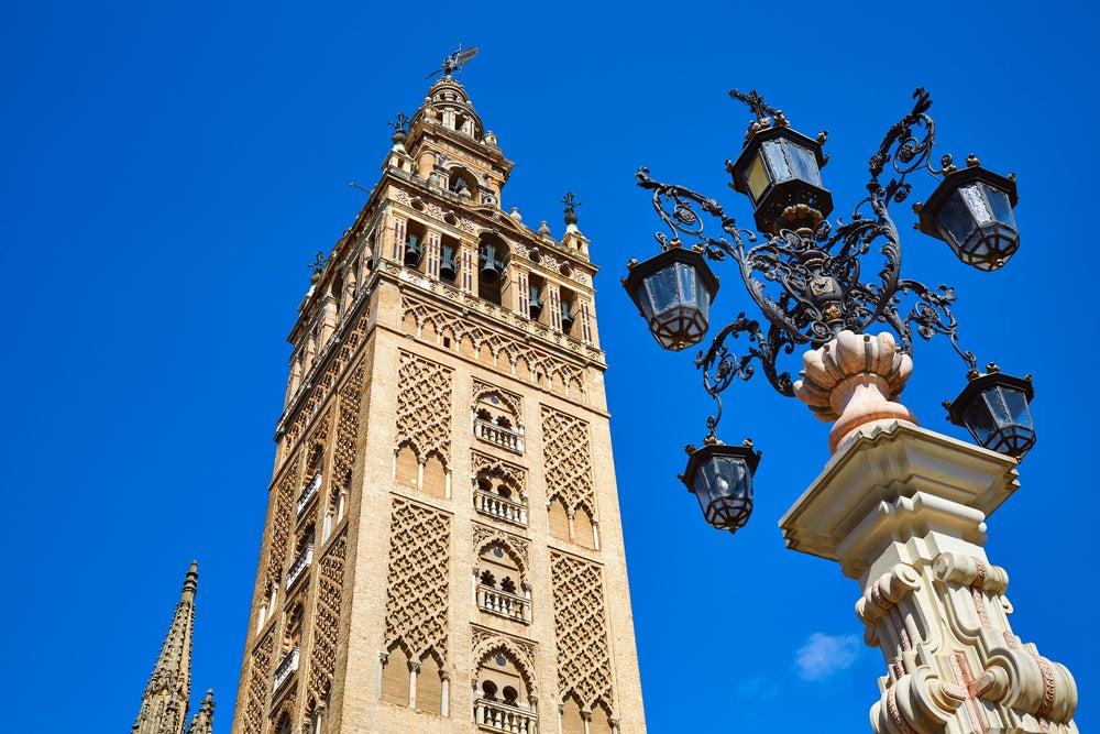 Torre de la Giralda, campanario de la Catedral, de las mejores cosas que ver en Sevilla