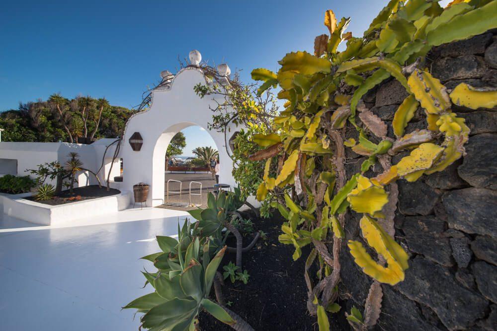 Entrada de la casa museo de César Manrique, artista de Lanzarote