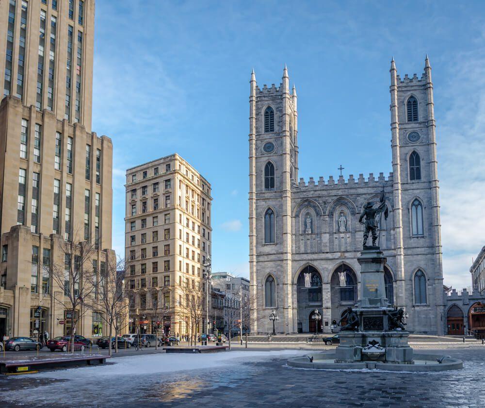 Basílica de Notre Dame de Montreal, Canadá, cuyas dos torres recuerdan a la de París