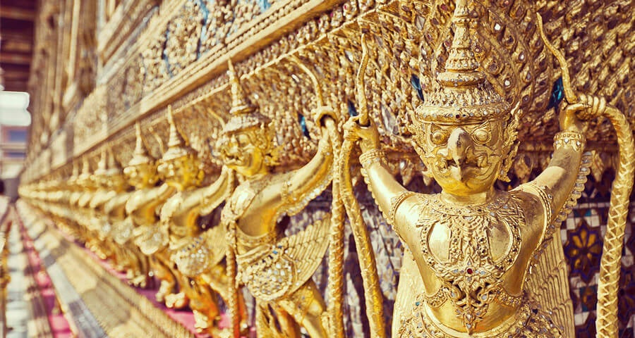 wat-phra-kaew-Joe-Stump_900